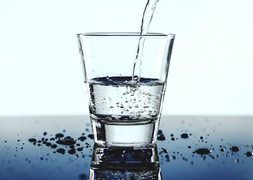 ठंडा पानी या गरम पानी