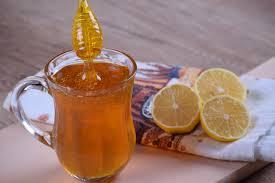 5 Health Benefits of Consuming Lemon with Honey